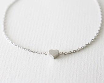 Tiny Heart bracelet - Silver- minimal