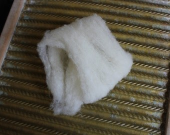 Soft White Olde English Babydoll Wool Roving