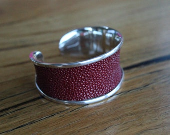 Sterling Silver Bangle with Panel of Stingray Hide