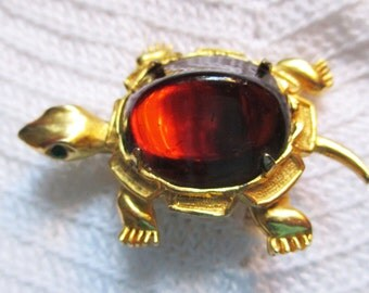 Vintage retro, Kramer Turtle with Huge Amber stone  - Estate Find!