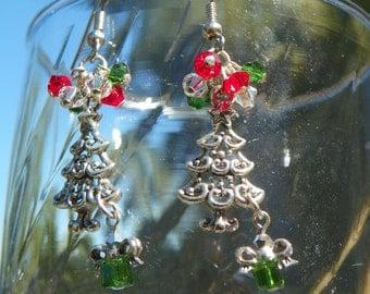 Christmas Tree Earrings with Swarvoski Crystals - Holidays - Winter, hand made