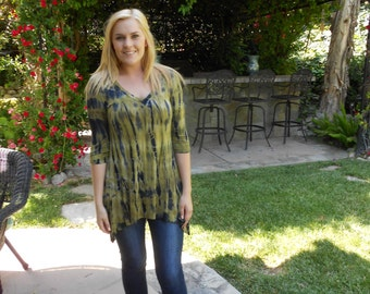 Women's Tunic, Tunics, Tie Dye, Tunic Top, Womans Tunic, Dyes in Shades of Olive Green, Gold, Black M L, V Neck