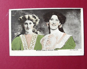 Picture postcard of actresses and singers Misses Zena and Phyllis Dare