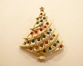 Beautiful Vintage Rhinestone Figural Christmas Tree Brooch / Pin C-13