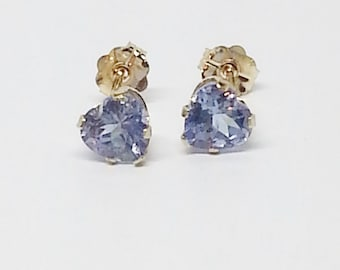 1.16ctw 14kt Yellow Gold Heart Shaped Tanzanite Earrings