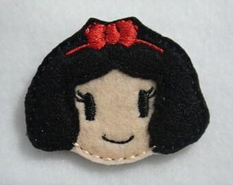 Snow White Cutie Embroidery Design Feltie