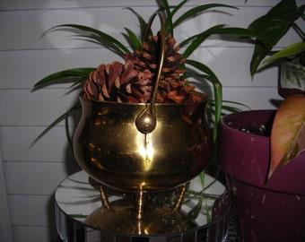 Brass cauldron Witches pot