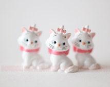 2 pcs / Decoden / Animal Figurine / PVC / Cat / Kitten / Miniature / Dollhouse / Marie Kitty / Marie Aristocats / 2.5cm / DS006