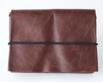 origami wallet - Small Dark brown vintage leather with elastic cord