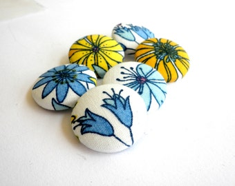 Fabric covered buttons -Floral buttons - Sewing buttons wire back - Size 36 22mm 7/8in -Blue flower fabric buttons  -Yellow flowers buttons-