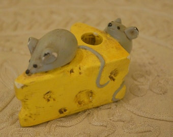 Vintage Cheese and Mice Pen Holder