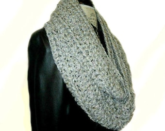 Infinity Scarf Cowl Gray Marble Crochet Knit Scarf Chunky Mens Infinity Womens Infinity Scarf Gray Wool Scarves Gift for Him Gift for Her