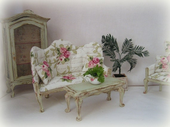dollhouse miniature shabby chic sofa and table in pale green. Black Bedroom Furniture Sets. Home Design Ideas