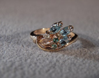 vintage sterling silver with gold overlay fashion ring with blue topaz accent stones, size 6               M