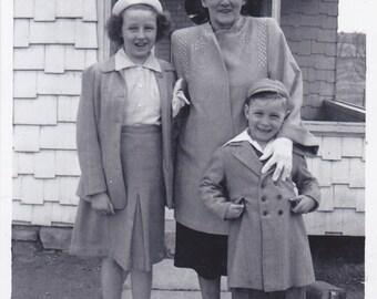 Vintage Black & White Snapshot Photograph: Grandma Boy Girl Outside 1950's 62A
