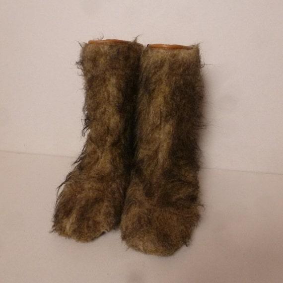 fausse fourrure yeti vintage des ann es 70 apres ski boots. Black Bedroom Furniture Sets. Home Design Ideas