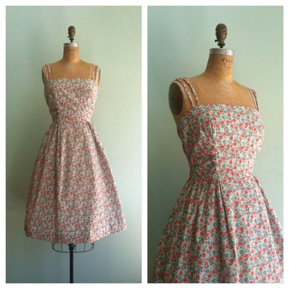 Floral 1950s inspired vintage party dress 50s sun dress medium