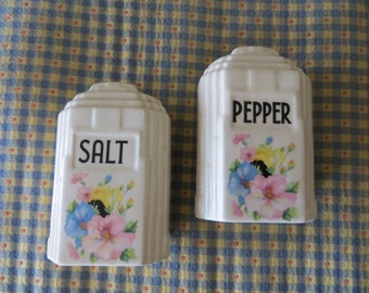 Vintage Art Deco Pansy Flower Salt and Pepper Shakers