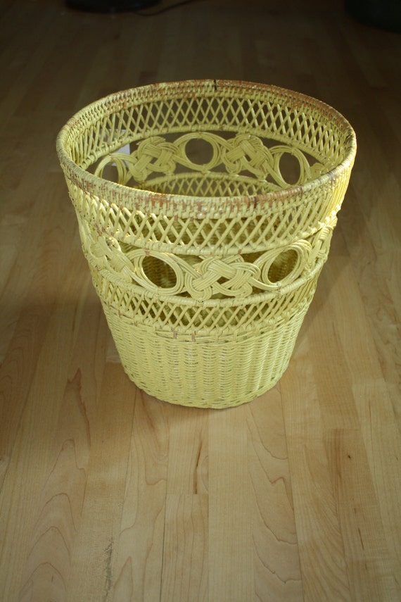 Vintage yellow wicker weaved woven waste basket shabby chic - Wicker trash basket ...