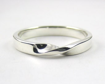 Silver Mobius Ring, Infinity Ring, Sterling Silver Ring, Twisted Band, Promise Ring ,Modern Ring, Sterling Silver Jewellery 925