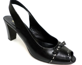 Vintage Size 7 Medium  Amalfi Black Slingback  Pumps Heels or Shoes