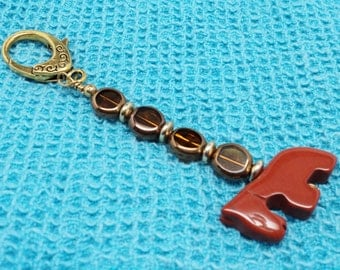 Chestnut Colored Stone Horse Gold Toned Lobster Claw Closure Keychain with Chestnut Amber Toned Glass Beads