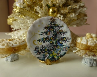 Christmas Tree Plate for Dollhouse