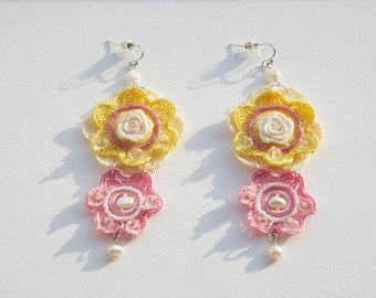 Hand crafted flower crochet Earrings with glass beads and crystals.