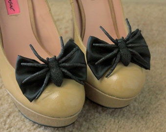 Halloween Spider Shoe Bows-In Black or Purple