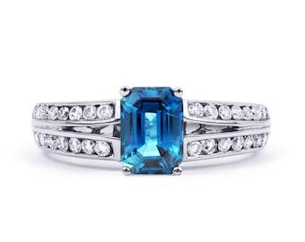 Everest 18ct White Gold Blue Topaz and Diamond Ring Split Shoulders