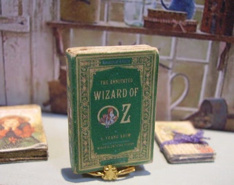 The Wizard of Oz Miniature Book 1:12