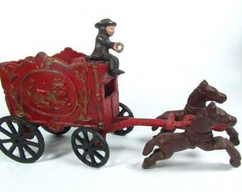 Die Cast Circus Wagon, Antique Toy, Cast Iron Toy, Vintage Toy, Lion