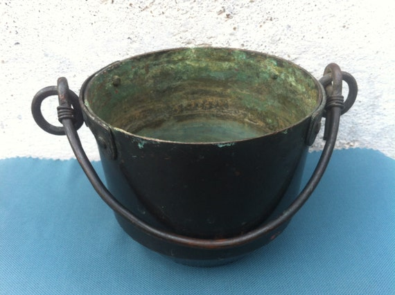 Handmade Copper Basket : Vintage very old copper rusty basket rare heavy solid by
