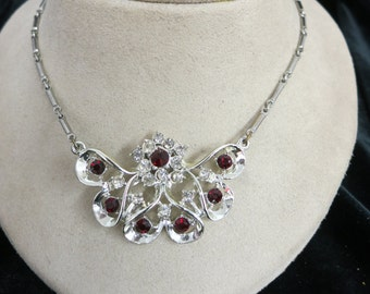 Vintage Red & Clear Rhinestone Pendant Necklace