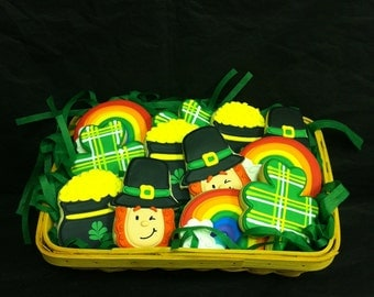 St. Patrick's Day Cookie Gift, Leprechan Cookies, St. Patrick's Day Cookie Gift Basket, Shamrock Cookie Gift Basket, Rainbow Cookie Basket