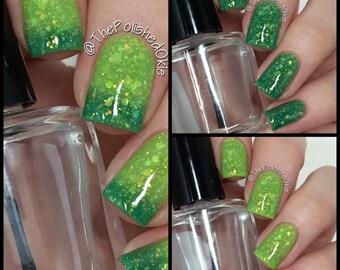 Caribbean Apple- Thermal Color Change Polish