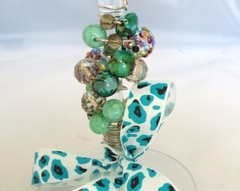 Green and Blue Beaded Wine Glass, Wine Glass, Beaded Wine Glass, Barware, Stemware, Hostess Gift, Housewarming Gift, Bead Wine Glass