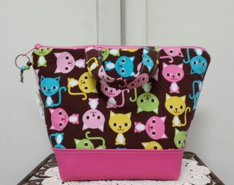 Kids, Girls, Insulated Lunch Bag, Vinyl Bottom, Cats,Kittens, Washable, Urban Zoologie, Heavy Nylon Lining, Purse, Tote.