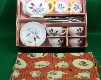 Vintage  Toy Tea Set  Made in Japan 22 piece including flatware - original box