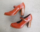 Vintage SPECTATOR Mary Janes spectator PUMPS round toe shoes high heeled shoes brogues womens size 6