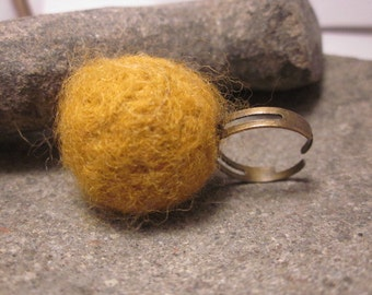 Antique Bronze Ochre Yellow Felted Ring, Merino Wool, Dry Felting, Handmade, Adjustable,