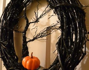 Spooky Halloween Wreath 18In