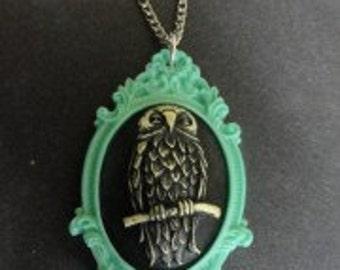 Owl Cameo Green Frame