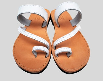 White women sandals, leather toe ring sandals