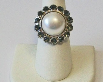 Chic Round White Pearl with Gray Rhinestones Fashion Ring Adjustable Band