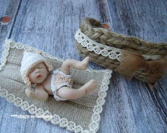 1:12 scale newborn baby boy diaper,hat,blanket and crib set by Jing's Creations