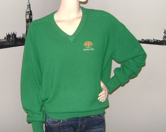 Vintage Green Golf Sweater 1980s Jumper Unisex 80s Fashion Country Club 1980s Hipster Geek St Patricks Day Prep School Fathers Day Sweater