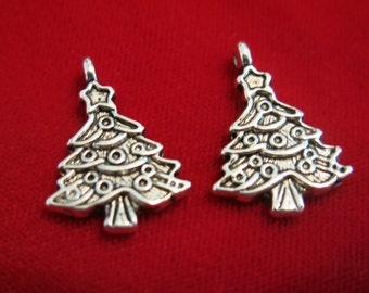 "10pc ""christmas tree"" charms in antique silver style (BC145)"