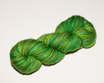 Vanier Wool/Nylon  450 yard Hand-Dyed Sock Yarn in Shamrock