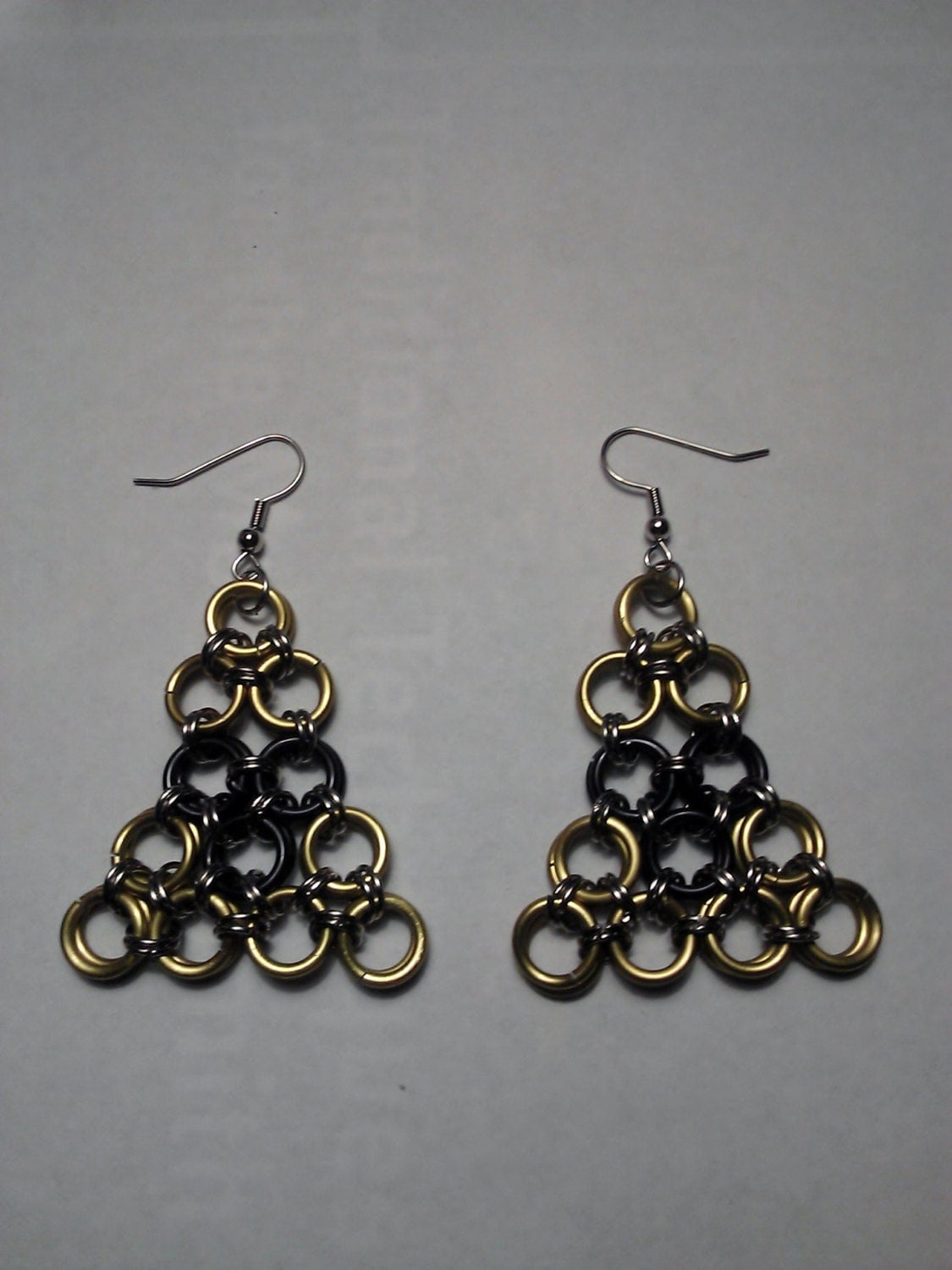 Zelda Tri-Force Inspired Chainmail Earrings Yellow Black and Silver Aluminum Rings 9.25 Silver Earring Fittings Videogame Inspired Earrings